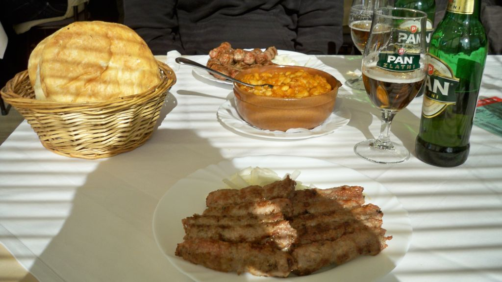 Cevapcici im Serbischen Restaurant in Zagreb