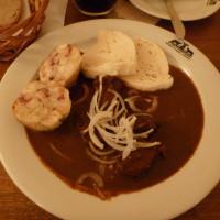 Wo Tschechen und Urlauber in Prag Knödel essen