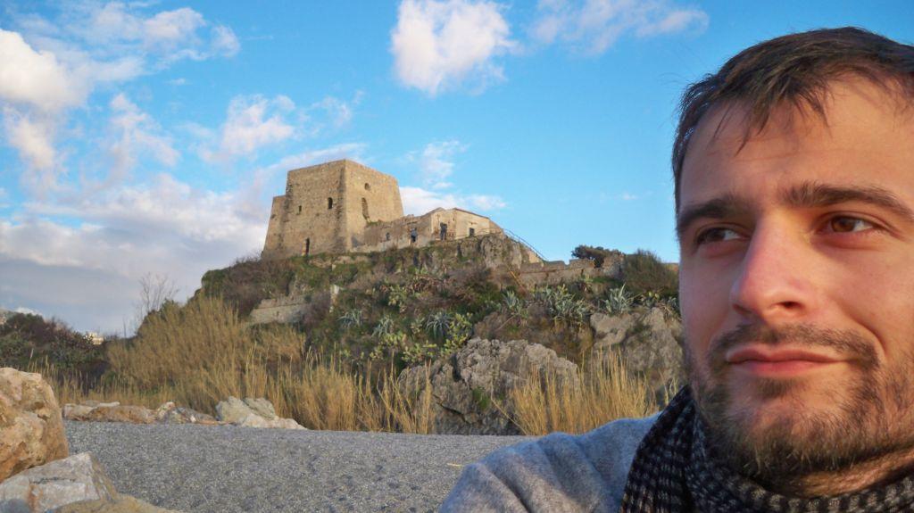 Blick zum Castello in Scalea -® weltvermessen.de