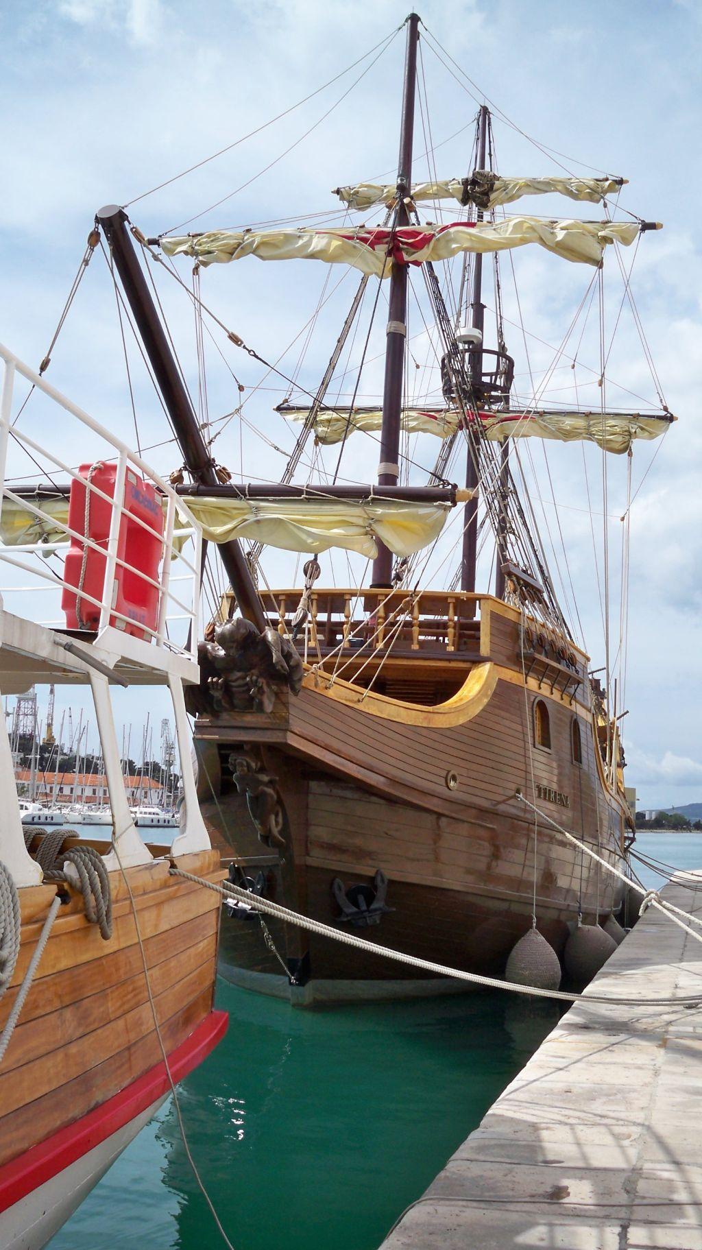 Großes Segelschiff in Kroatien (c) weltvermessen.de
