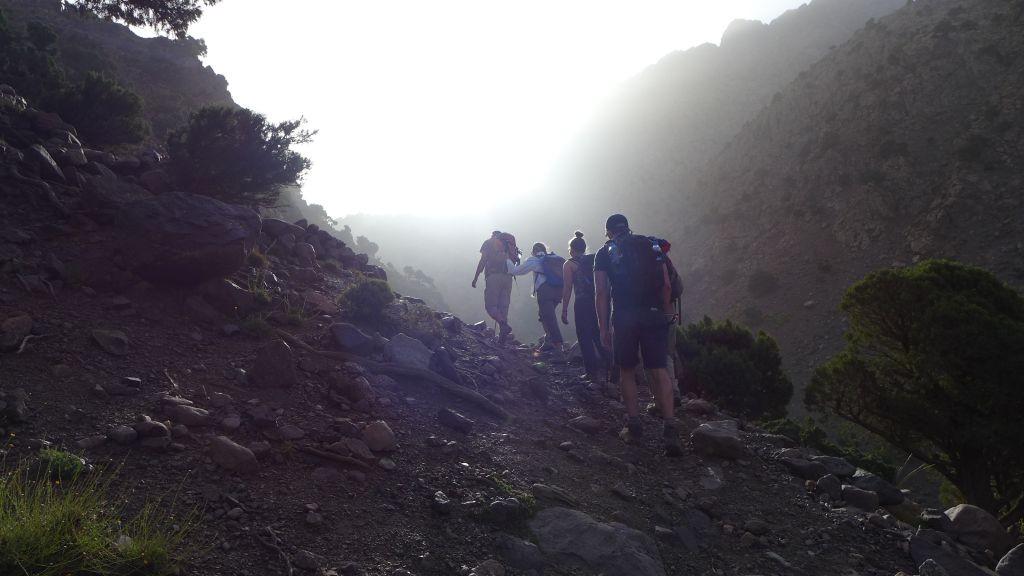 Wandernd in Marokko (c) Lynn Benda